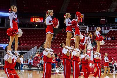 UW Sports - Cheerleaders - November 13, 2016