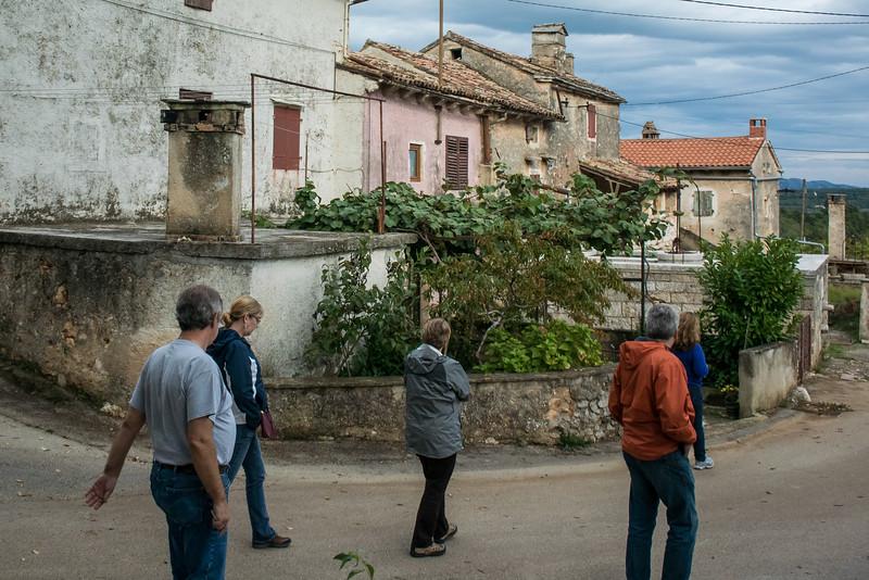 In village of Sutivanic