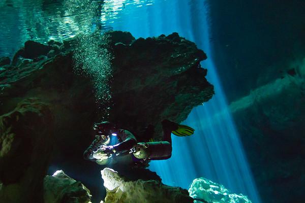 Cenote SCUBA Diving
