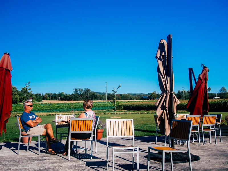 georgian hills wine patio 2.jpg