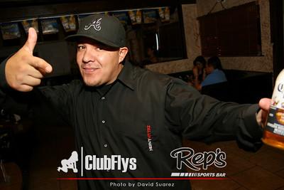 2009-05-16 [Ladies Night, Reps Bar & Grill, Fresno, CA]