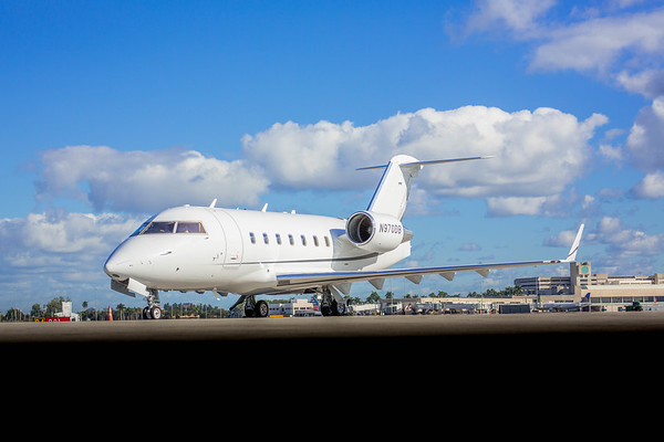Challenger 604 N970DB (Low Res No Logo)
