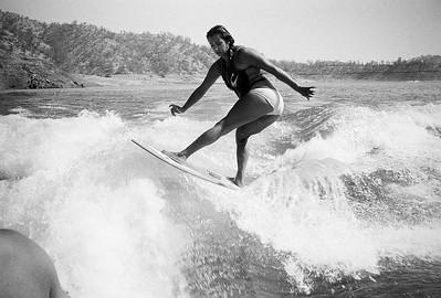 150809 Wakesurfing film Millerton Lake