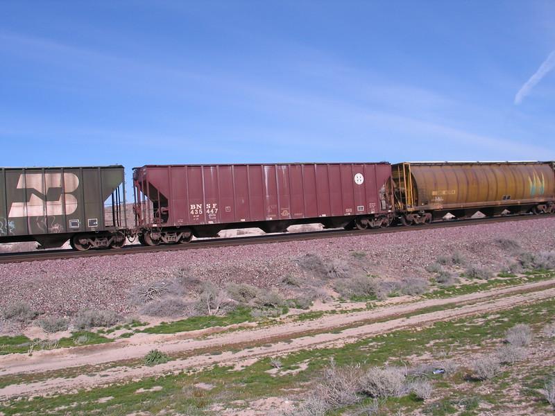 BNSF435447.JPG