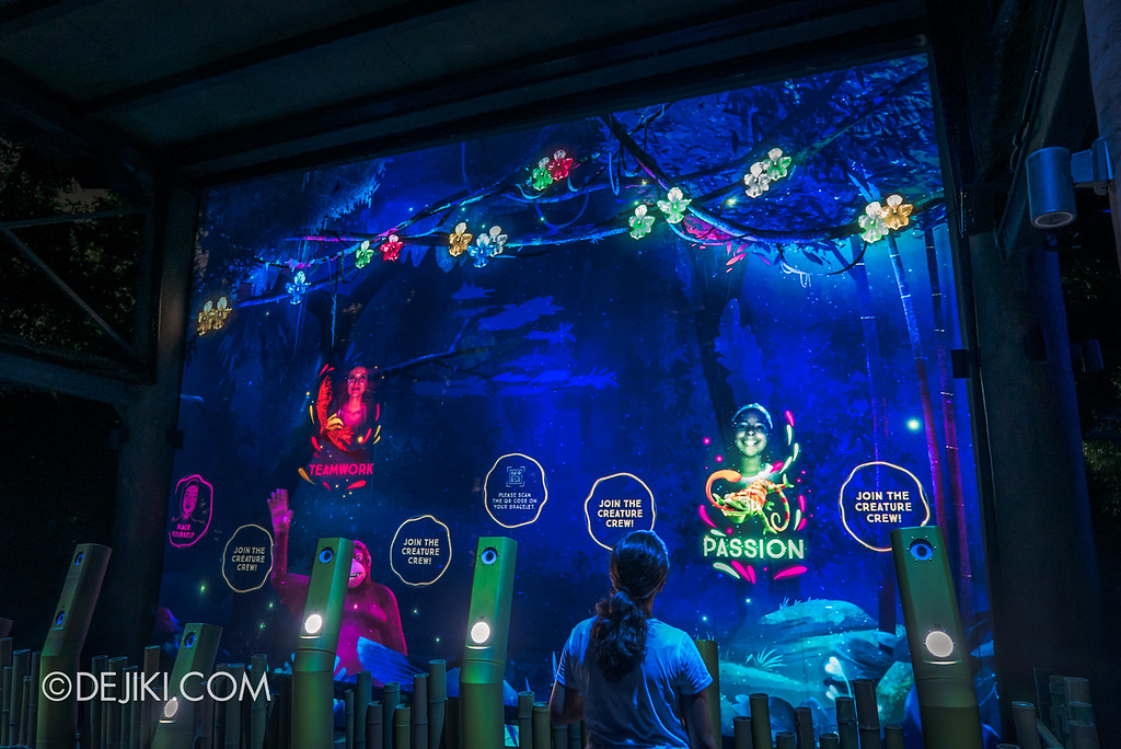 Singapore Zoo Rainforest Lumina - Wall of Fame 2
