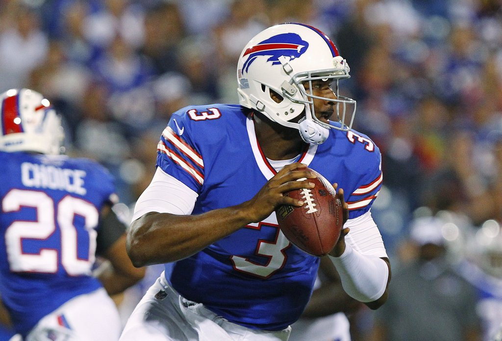 . <p><b> Patriots at Bills (+10):</b>  <p>How bad is Buffalo�s quarterback situation? They would have KEPT Tim Tebow. <p>Pick: <b>Patriots by 21</b> <p>    (AP Photo/Bill Wippert)