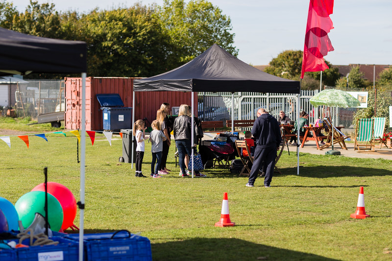 bensavellphotography_lloyds_clinical_homecare_family_fun_day_event_photography (51 of 405).jpg