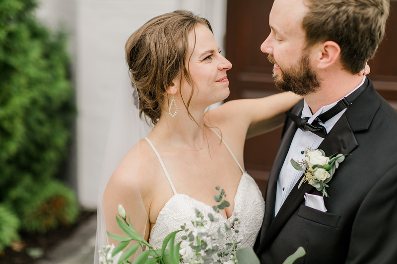 432_Ryan+Hannah_Wedding.jpg