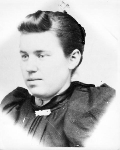 Ida Runions - Mrs Olaf Lein Sr.jpg
