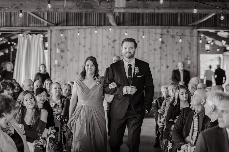 Seattle Wedding Photographer-716.jpg