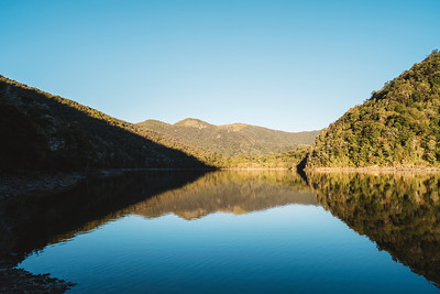 Photographers Guide To Visiting Lake Chalice Hut - Blenheim