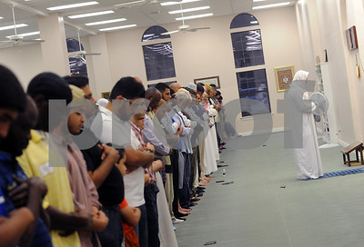 islamic-society-open-house-fosters-peace-understanding