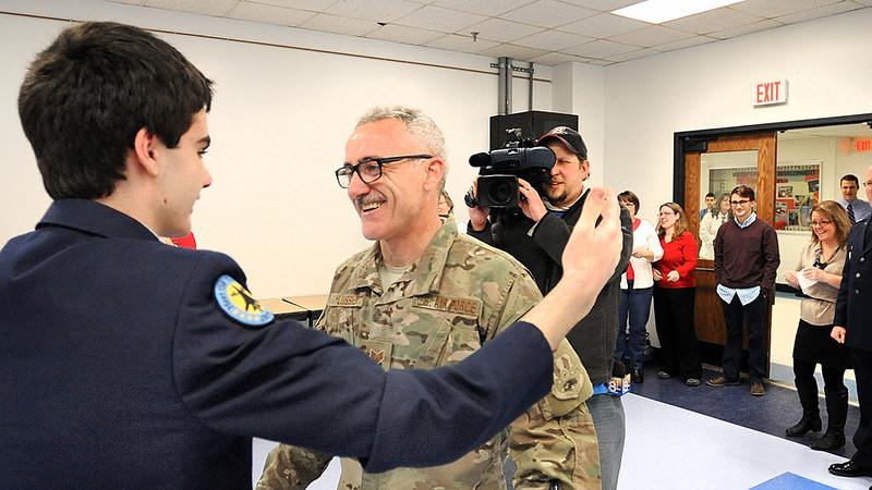 Surprise homecoming for JROTC cadet.m4v