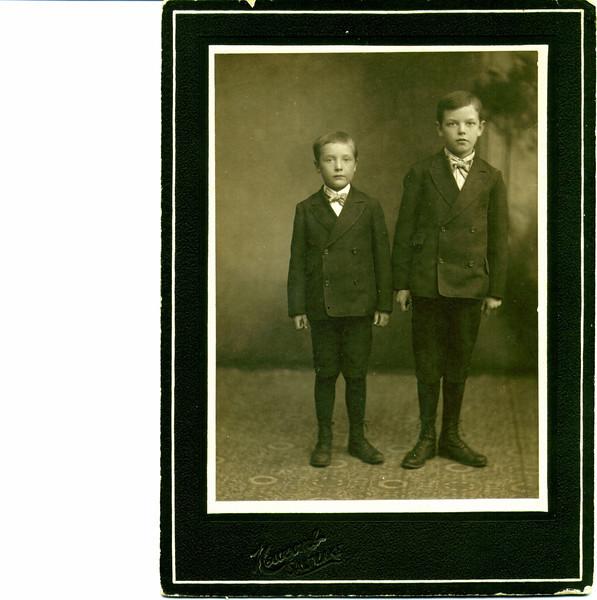 Vernon J & J Wayne Eldredge