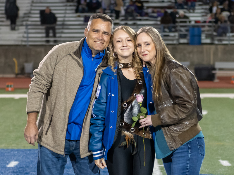 LV2019_SeniorNight-78.jpg