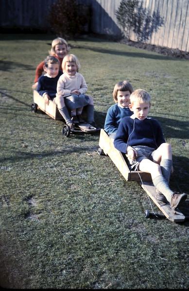 1960-7 (15) Joanne 5, Christopher 6, Debbie 3, Louise 4 & Alex 8.JPG
