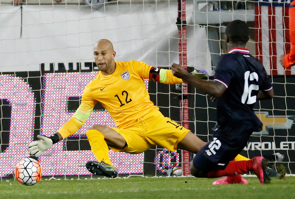. n this Oct. 13, 2015, file photo, Costa Rica\'s Joel Campbell, right, scores a goal on United States goalkeeper  goalkeeper Tim Howard, left, during the second half of a international soccer friendly match, in Harrison, N.J. Tim Howard or Brad Guzan will play for the United States in next month\'s World Cup qualifiers against Guatemala despite losing their starting jobs in England\'s Premier League. (AP Photo/Julio Cortez, File)