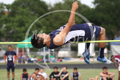 Central Catholic action pics at Antonian District Track Meet