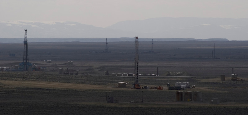 Drill rigs in the Jonah field south of Pinedale, WY.