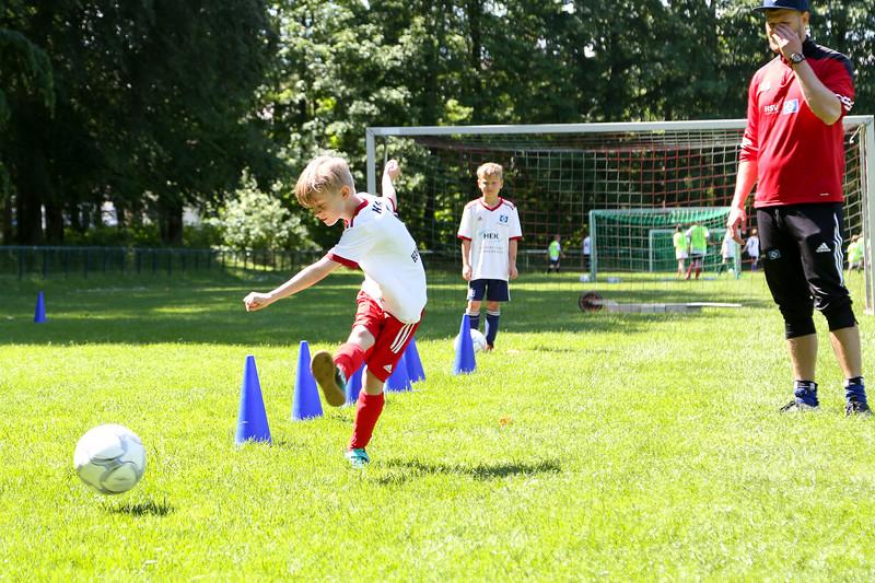 hsv_fussballschule-459_48048037447_o.jpg