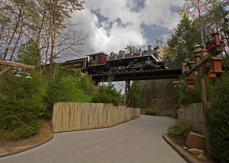 IMG_7788-dollywood-70-trestle.jpg