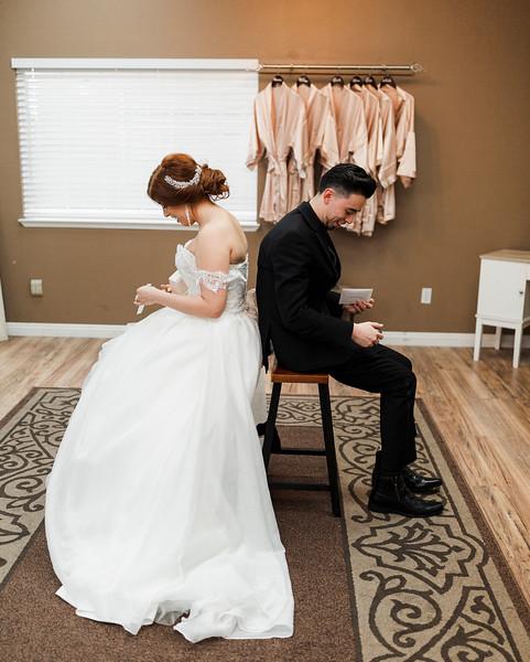 Alexandria Vail Photography Wedgewood Fresno Wedding Alexis   Dezmen227.jpg