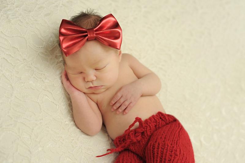 Thea Newborn 12/29/15