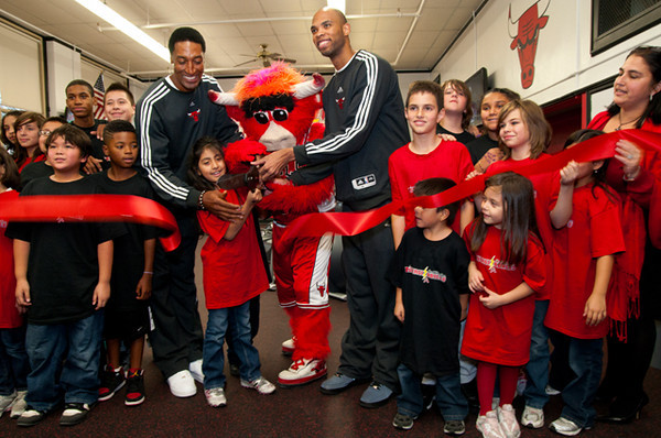 Chicago Bulls Open EnergizaBulls Fitness Center at McPherson Elementary