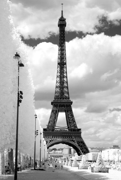 Eiffel 12x18.jpg