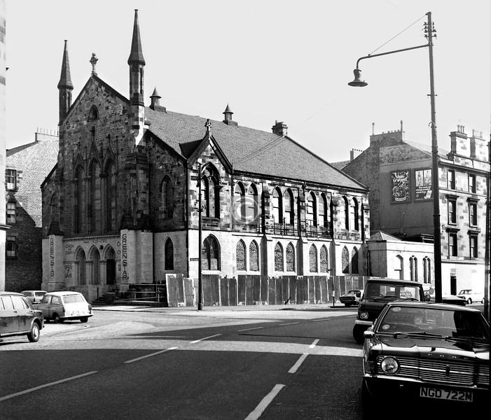 McKinlay St and Turriff St.   Elgin St U F Church.     September 1973