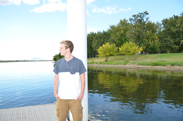 COLE SENIOR PICTURES