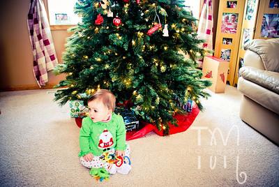 Taryn's 1st Christmas {Christmas Eve at the Farm}