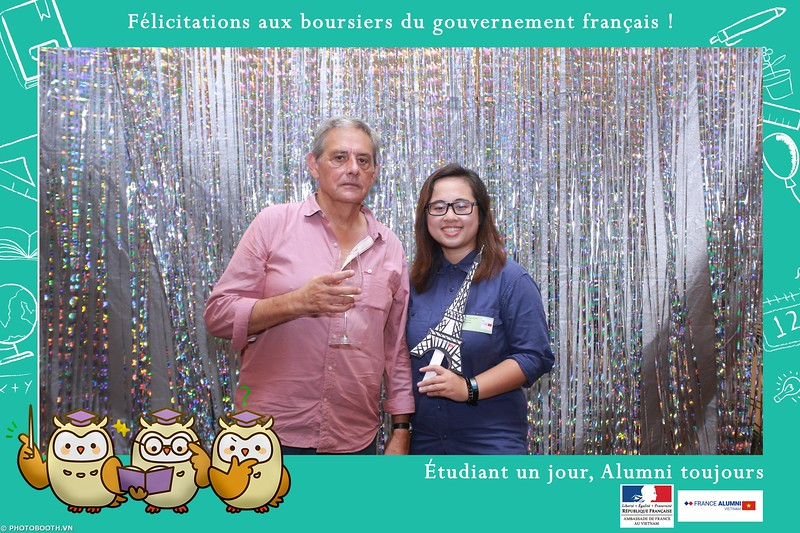France-Alumni-Vietnam-photobooth-at-Franch-Embassy-Vietnam-photobooth-hanoi-in-hinh-lay-ngay-Su-kien-Lanh-su-quan-Phap-WefieBox-photobooth-vietnam-029.jpg
