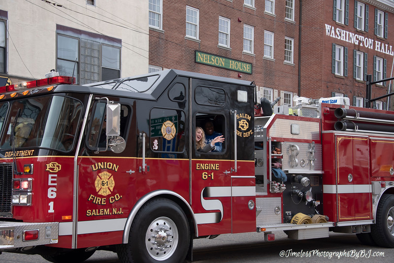2019_Salem_NJ_Christmas_Parade_041.JPG