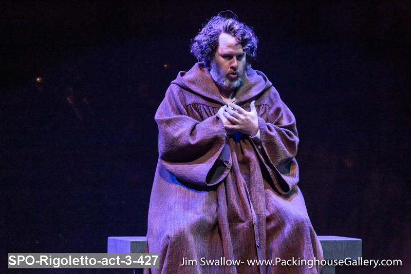 SPO-Rigoletto-act-3-427.jpg