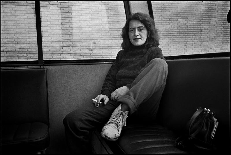 28 1981 02 01 II-01-27 int bus.jpg