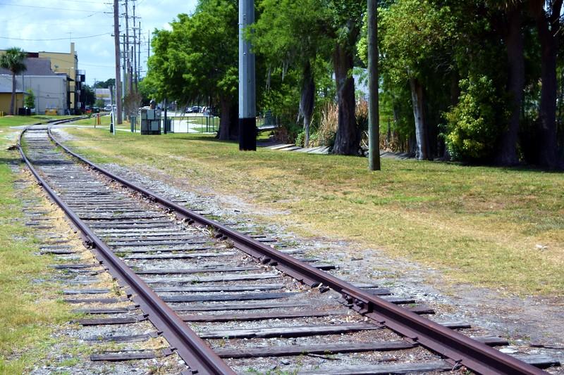 057a Eustis Tracks 5-1-17.JPG