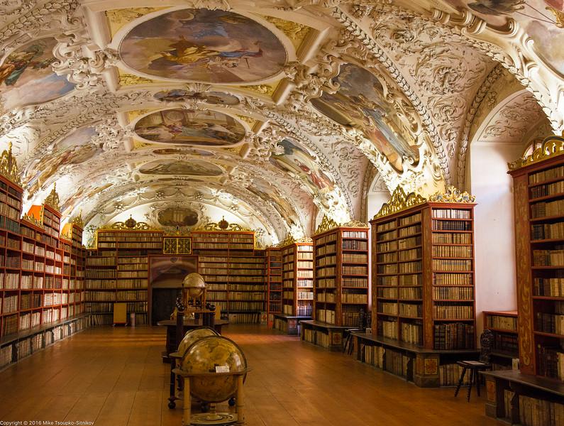 Prague - Strahov Monastery 705.jpg