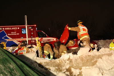 Rollover Manchester NH Route 293 South Bound 02/19/2014