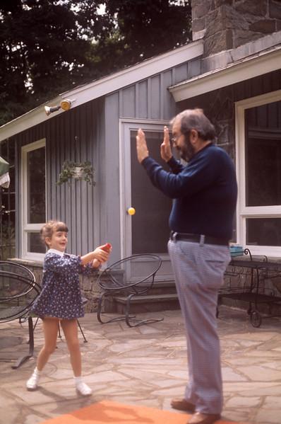 1975_06 Bonnie & Ernie.jpg