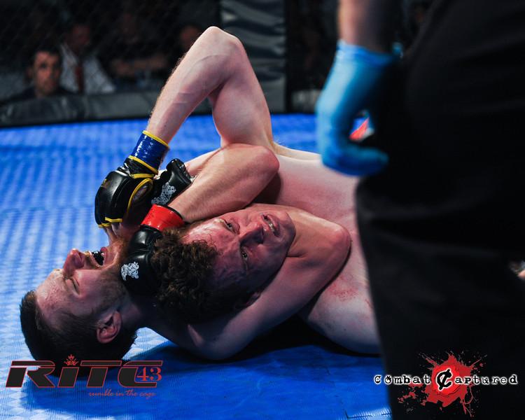 RITC43 B04 - Garrett Raines def Francois Bourassa-combatcaptured-0013.jpg