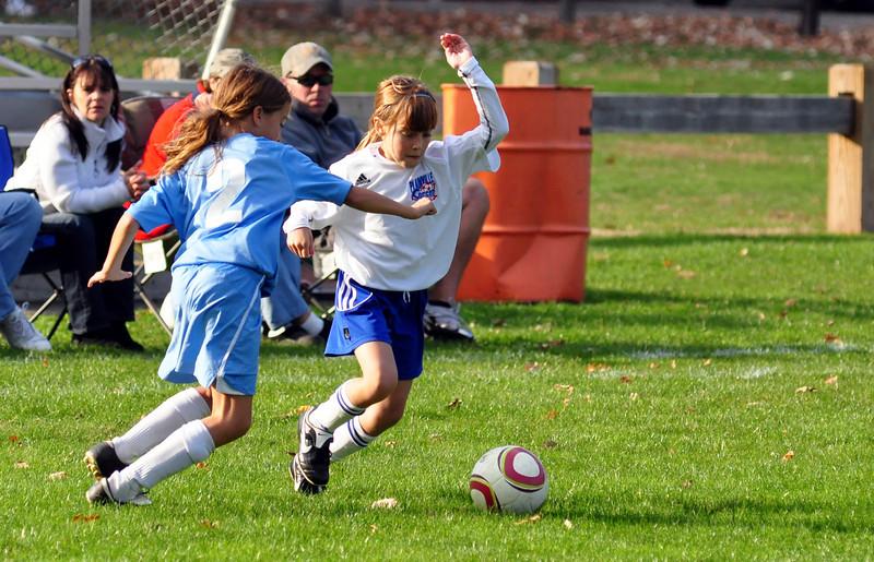 plainville u-11 girls soccer 10-17-10-073.jpg