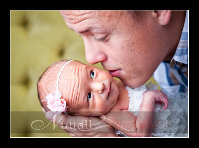 Olivia Newborn-033.jpg