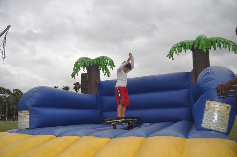 2009 December 6 Pine Crest Carnival 020.jpg