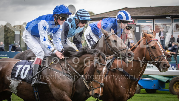 Worcester Races - Thu 10 Oct 2019