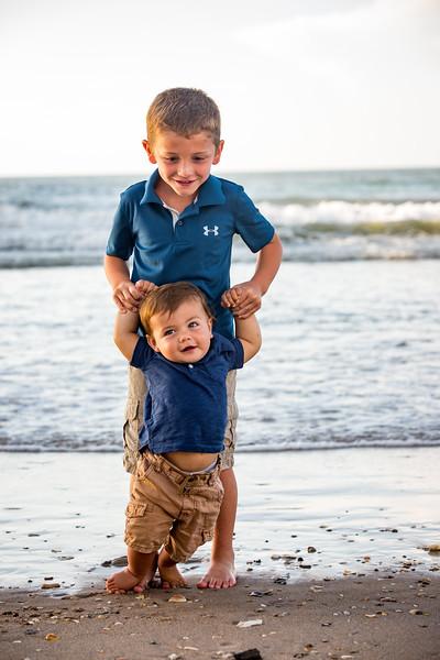 Family beach photos-151.jpg