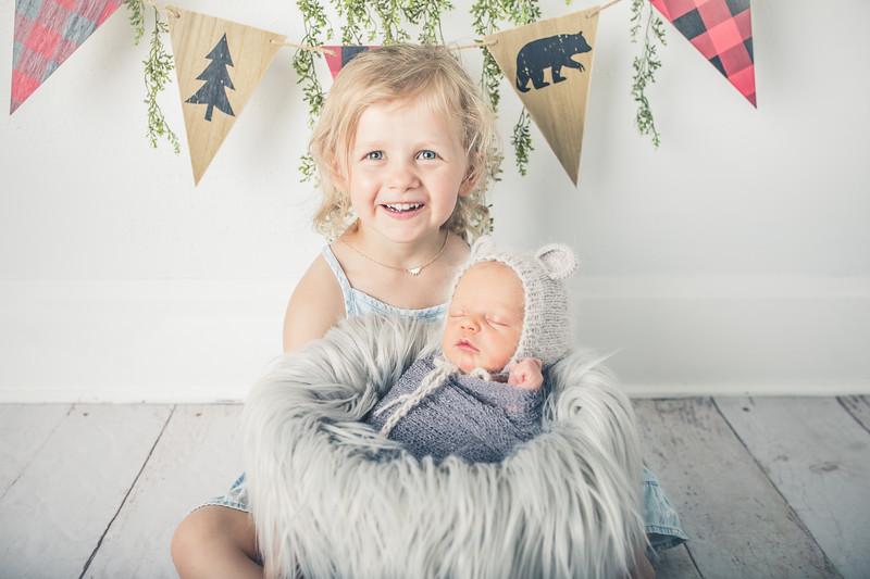 Rockford_newborn_Photography_L043.jpg