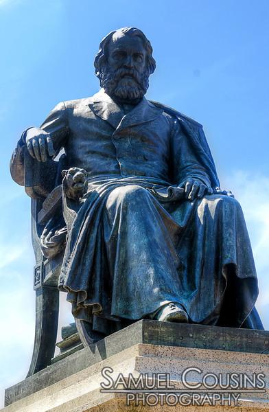 Statue in Longfellow Square