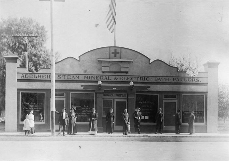 Anaheim-AdelheidSteamMineral&ElectricBathParlors-1916.jpg