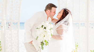 Mr and Mrs Robins - Cancun, Mexico - February 21, 2020